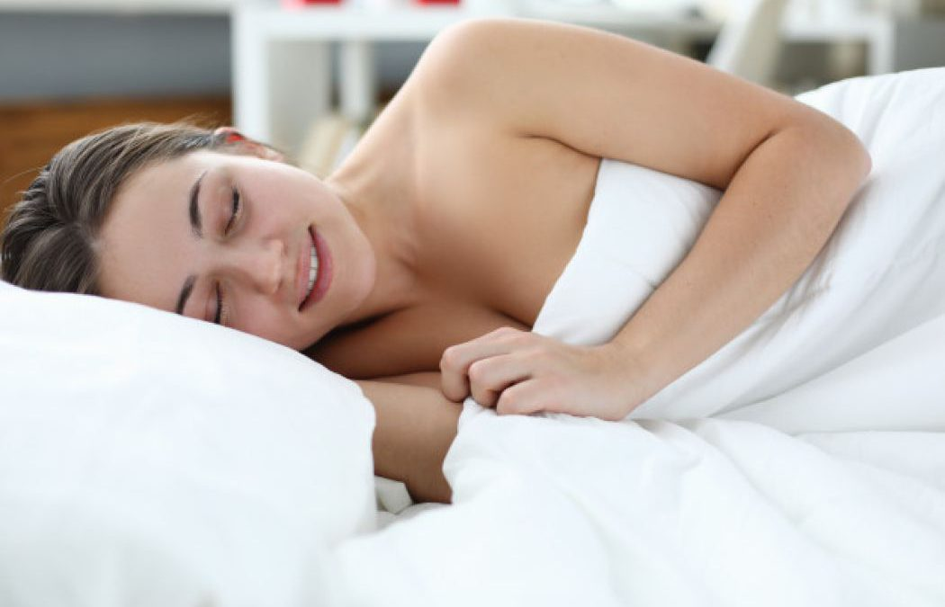 Do You Know The Ultimate Benefits Of Sleeping Naked? Take