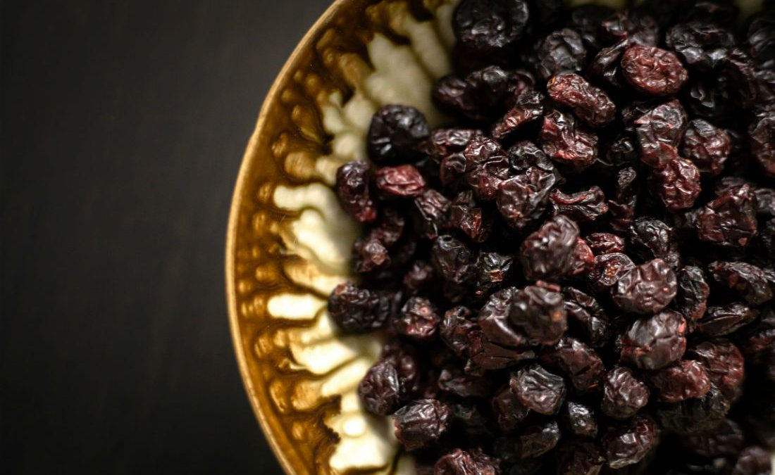 5 Terrific Beauty Benefits of Raisins That Will Surprise You